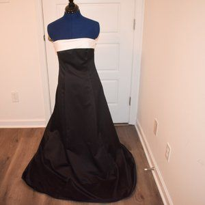 Strapless Evening Dress Comes With Shawl
